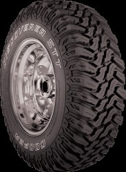 LT235/85R16 Cooper Discoverer STT Light Truck Tire (120Q)